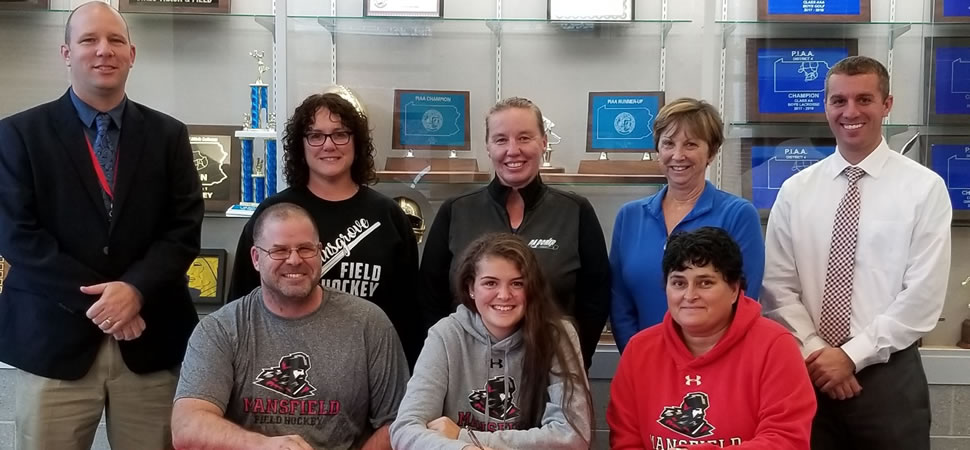 Radel signs with Mansfield Field Hockey