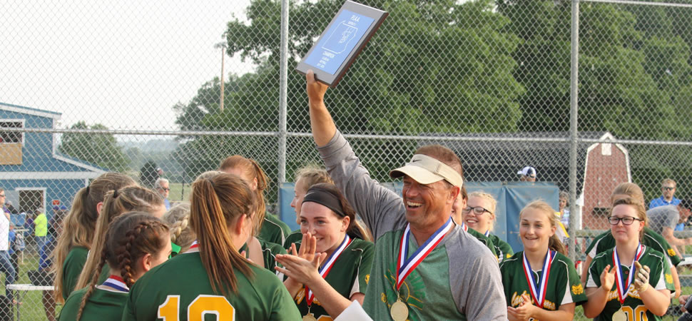Wyalusing softball repeats as Class AA champs.