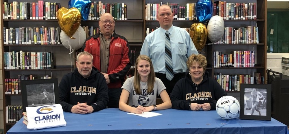 Sullivan County's McCarthy signs with Clarion.