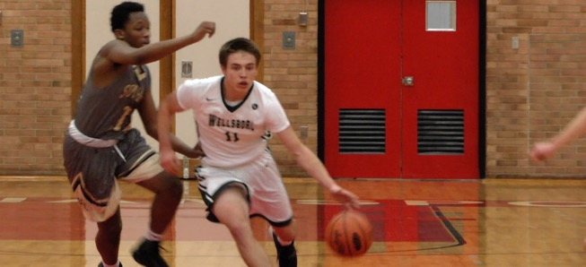 Hornets fall to Southern Columbia in District semis