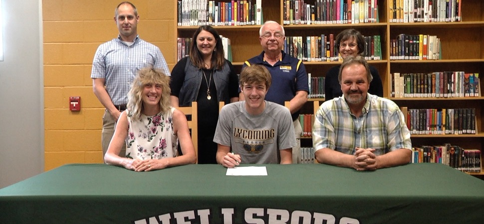 Redell joins Lycoming College tennis team.