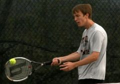 Rodenhizer leads NTL at D4 tennis