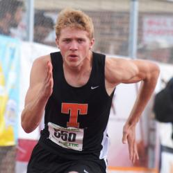 Towanda's Sites makes final in 800