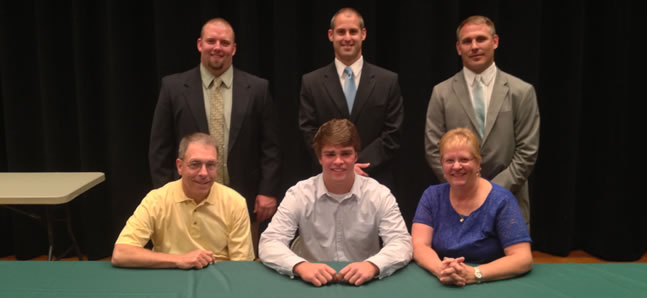 Shaw to play football, baseball at Wheaton.