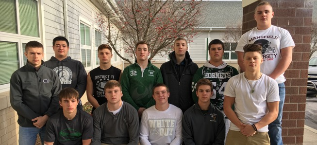 13 Hornets selected to All-Region Football team.