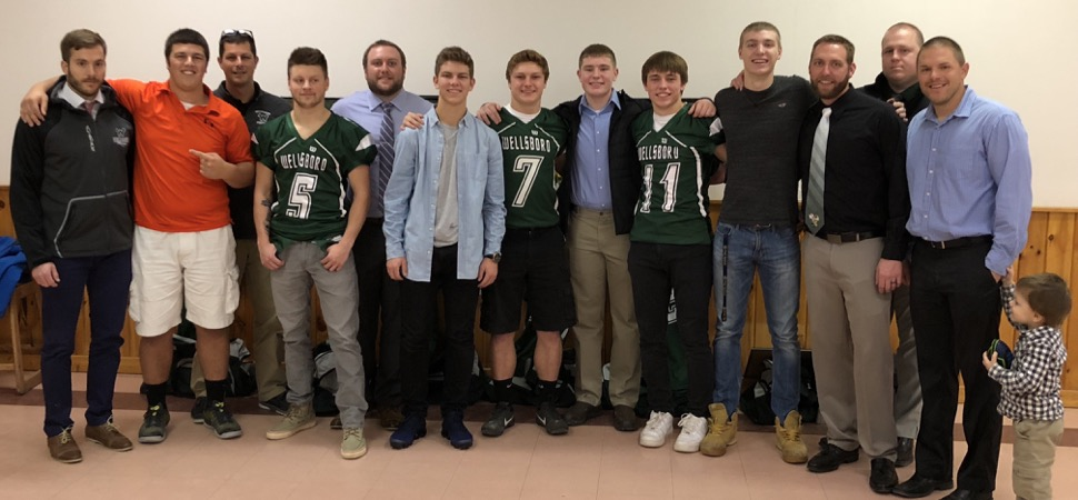 Gridders Club honors 2017 senior football class.