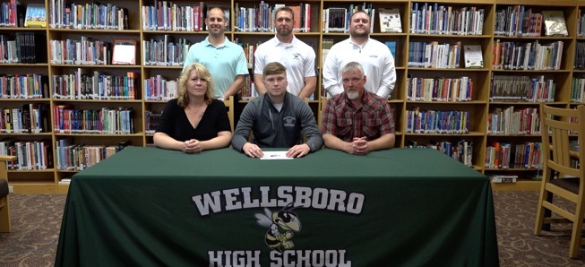 Jones to continue football career at Lycoming College.