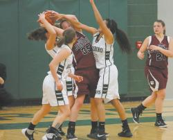 Lady Hornets win, first time in semis since 2004