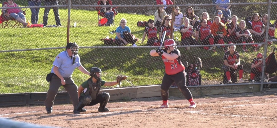 Lady Hornets fall to Lady Mounties in 8 innings
